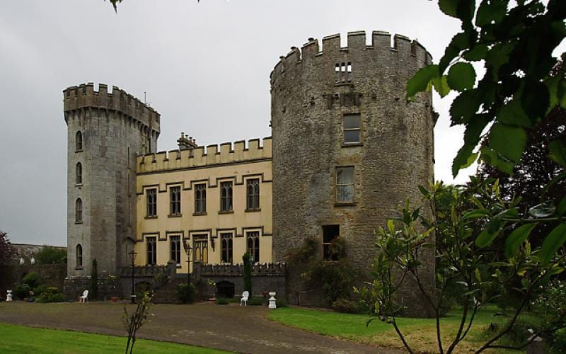 The only round tower in Ireland currently occupied as a family home, Farney Castle has an intriguing history of romance, rivalries and royal dynasties.