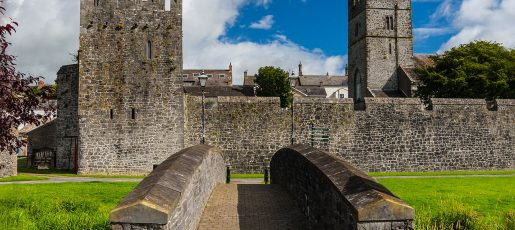 http://Fethard's%20Medieval%20Town%20Walls