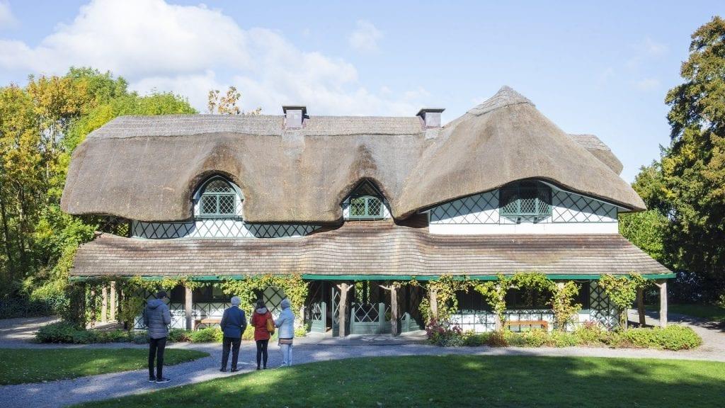 Swiss Cottage ist Irlands exquisitestes und wohl eines der romantischsten Cottages der Welt